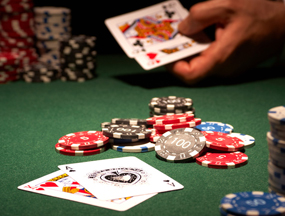 how to play blackjack at the casino